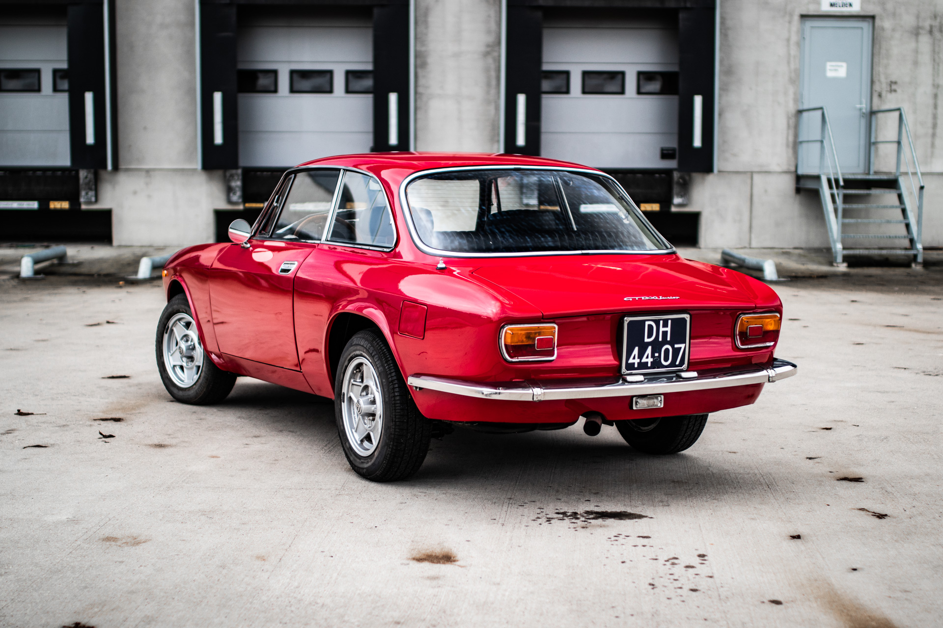 alfa_romeo_gt1300_junior_2-002.jpg